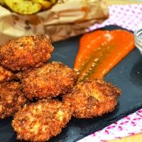 Nuggets de pollo con salsa barbacoa casera